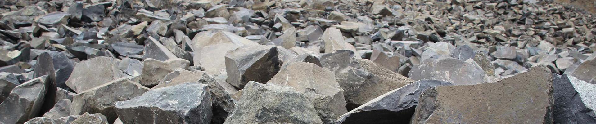 Basaltbruchsteine